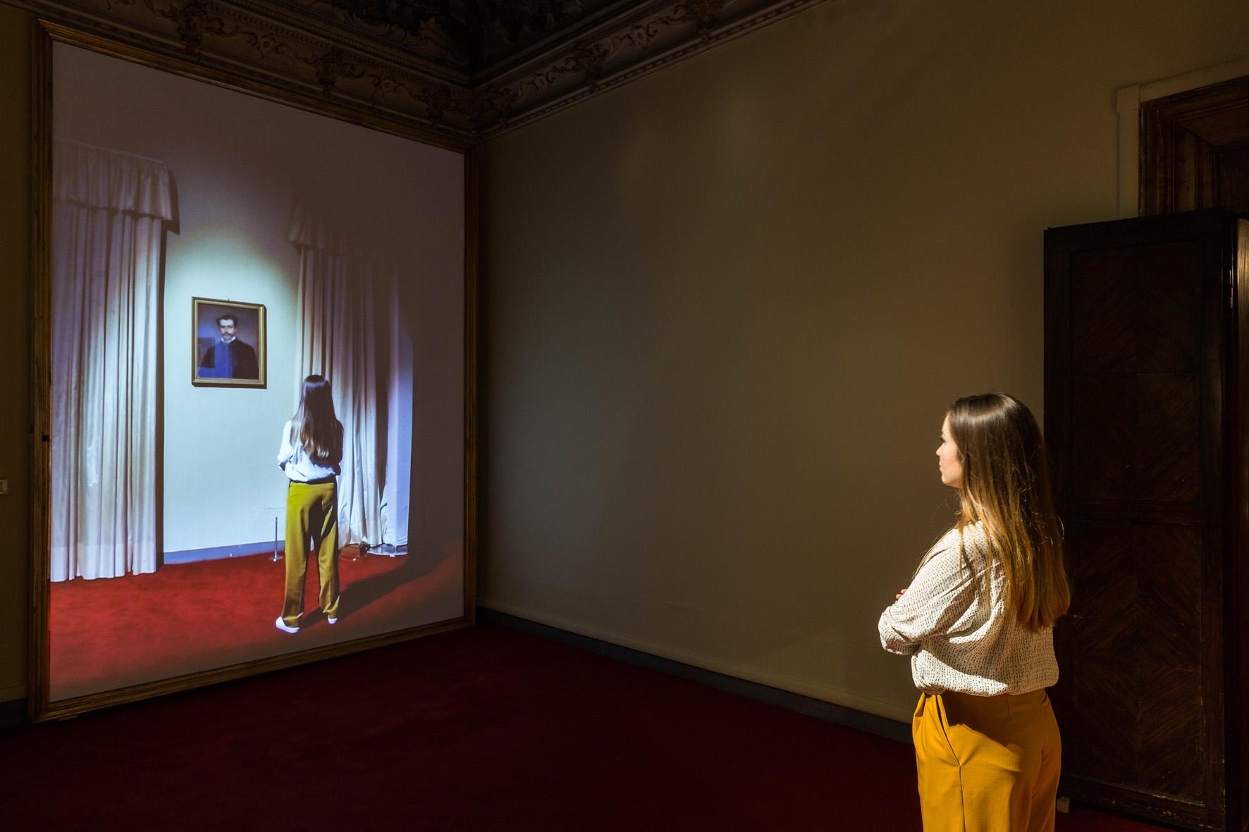 Rashid Rana I do not always feel immaterial 2015 video installazione interattiva ©Mark Blower